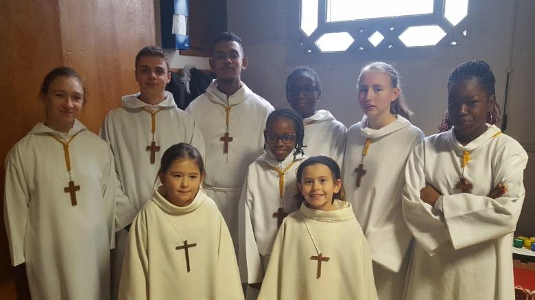 Servants d'Autel  : 7-18 ans